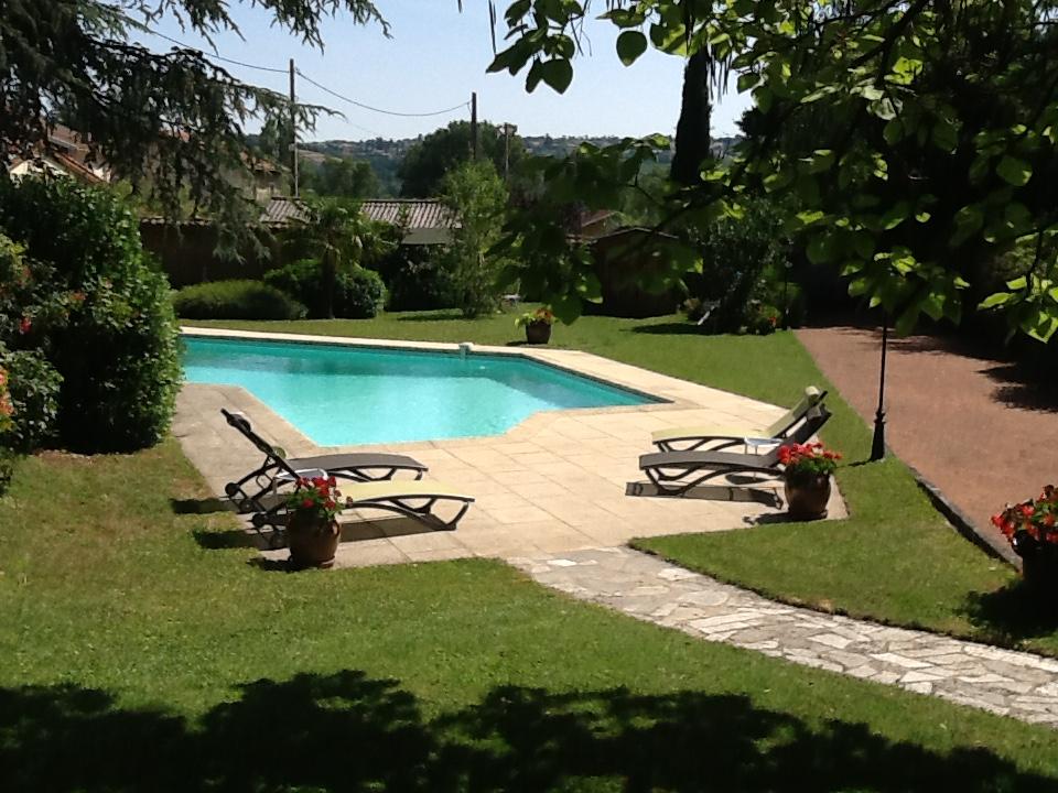 Vente jolie maison ancienne d 39 environ 140m habitables sur 1320m de terrain avec piscine - Piscine givors ...
